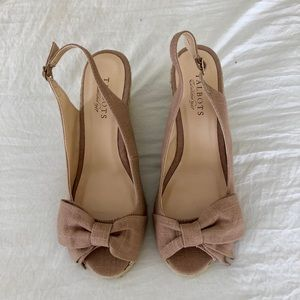 TALBOTS Taupe Linen Bow Espadrilles
